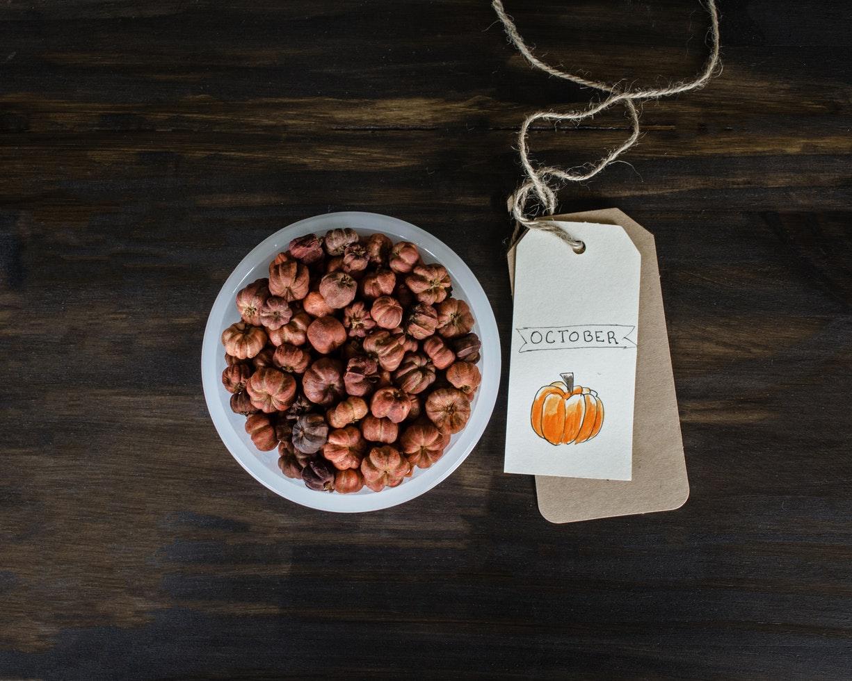 zucche e castagne, prodotti d'ottobre